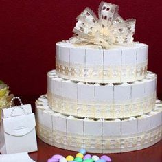 Wedding Cake Favor Boxes On Pinterest Favor Boxes Wedding Cakes And