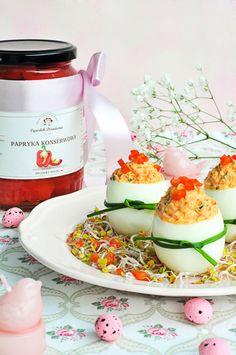 Jajka faszerowane Easter Recipes, Panna Cotta, Food And Drink, Appetizers, Eggs, Cooking, Ethnic Recipes, Food Ideas, Cucina