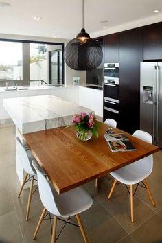 Confira 100 incríveis cozinhas modernas que pode ser usadas na sua cozinha e torna-la ainda mais elegante e aconchegante para você e sua família.