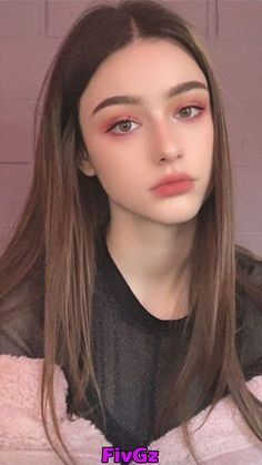 aesthetic makeup ulzzang Beautiful Girl like Fashition Kawaii Makeup, Pink Makeup, Cute Makeup, Girls Makeup, Glam Makeup, Simple Makeup, Hair Makeup, Makeup Style, Burgundy Makeup