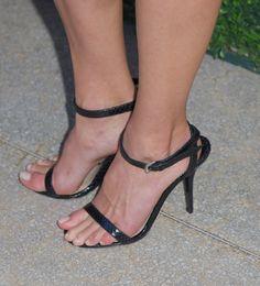 Hilary-Swank-Feet-2764802.jpg 1,857×2,046 pixels