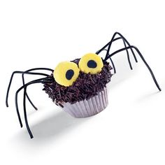 Hairy Daddy Longlegs Cupcakes  These are cute!  lol    What you'll need:      Chocolate cupcake (body)      Canned chocolate icing      Chocolate sprinkles (hair)      2 pieces of eye-type candy (we used Bassett's Liquorice Allsorts)      Clean scissors      Ruler      1 package of black string lace licorice (legs)