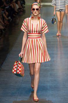 Ready to wear, indeed. Dolce & Gabbana RTW Spring 2013 – Milano Fashion Week… Ready to wear, indeed. Look Fashion, Runway Fashion, Trendy Fashion, Fashion News, Fashion Show, Fashion Design, Milan Fashion, Review Fashion, Lifestyle Fashion