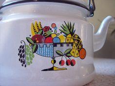 MidCentury vintage enamel teapot coffee pot by RetrospectiveResale, $25.00