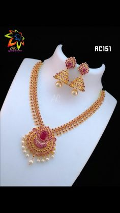 Hw can book this one Jewelry Design Earrings, Gold Jewellery Design, Necklace Designs, Pendant Jewelry, Gold Earrings, Gold Necklace, Indian Jewelry Sets, Indian Wedding Jewelry, Wedding Jewelry Sets