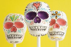 Guess what? These skull chocolate suckers are no-bake!