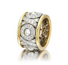A Diamond and Gold 'XO' Ring, by Bulgari