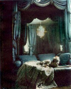 Deborah Turbeville,Unseen Versailles