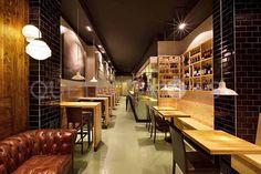 Restaurante tapería Casa Chelis en Barcelona.