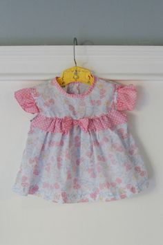 3-6 month: Dress and Bloomers Set, Vintage Baby Girl Outfit, Pink polka dots and strawberry print baby clothes www.etsy.com/shop/Petitpoesy