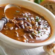 Egy finom Bableves füstölt hússal ebédre vagy vacsorára? Bableves füstölt hússal Receptek a Mindmegette.hu Recept gyűjteményében!