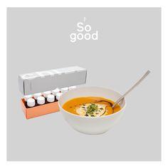 Kürbissuppe mit Chi!  1zwiebel in Olivenöl andünsten, 0,5kg Kürbisfleisch in würfeln dazu geben, 600 ml Gemüsesuppe angießen und 5-10 Minuten köcheln lassen. Dann pürieren und mit Salz, Pfeffer und Muskat abschmecken. 150 ml Sahne dazugeben und ein Chi ! Guten Appetit 😋