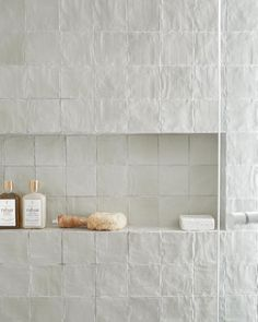 Laundry In Bathroom, Master Bathroom, Master Shower Tile, Washroom, Bathroom Interior Design, Interior Decorating, Minimalism Living, Ideas Baños, Decor Ideas