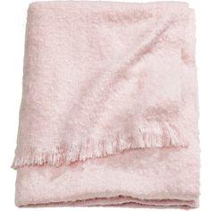 H&M Soft blanket (325 SEK) via Polyvore featuring home, bed & bath, bedding, blankets, light pink, h&m, fringe blanket, pale pink bedding, woven blankets and acrylic blanket