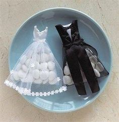 Wedding TUXEDO DRESS Bride Groom Candy Favor Favour Bags Gift 50pcs Bomboniere @ $49.50