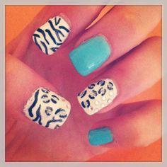 Animal print gel nails
