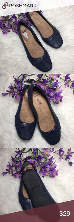 Clarks Soft Cushion Shoes Flats Ballet Blue Clarks Soft Cushion  ✨Women Shoes Flats Ballet  ✨Color Blue  ✨Leather  ✨Size 6 Clarks Shoes Flats & Loafers