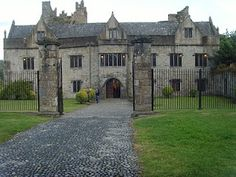 Ormond Castle Ireland. Another castle owned by the Butler Family.  several typed of architecture in the whole structure