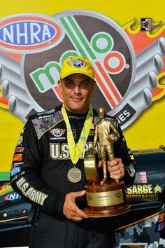Tony Schumacher & Team in the U.S. Army T/F Dragster at the Lucas Oil nationals at Route 66 Raceway