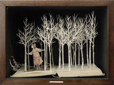 The Secret Garden - In the five years since leaving the Royal College of Art, Su Blackwell's intricate and magical paper cut-outs have become internationally well-known (although often uncredited), via advertising campaigns for Beringer Wines and Land-Rover, the Harvey Nichols Christmas window display (2007), and a Vanity Fair jewellery feature.