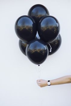 """pretty-glamorous: """"Love my danielwellingtonwatches! Valid until """" Black Ballons, Black Violin, Balloons Photography, Black And White Aesthetic, All Black Everything, Wearing Black, Black And White Photography, Matte Black, Glamour"""