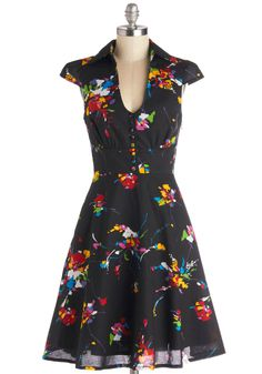 Surprise Sunset Dress in Tropical, #ModCloth// I REALLY WANT THIS DRESS!!! Someone pleeeeaaassseee :(