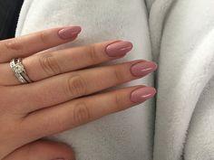 Pink oval shape acrylics