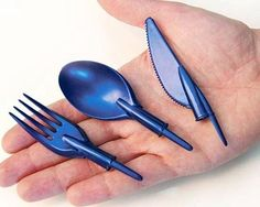 Not sure if this is genius or incredibly depressing.- Not sure if this is genius or incredibly depressing. Stationary That Doubles As … Not sure if this is genius or incredibly depressing. Stationary That Doubles As Eating Utensils - Geek Gadgets, Gadgets And Gizmos, Cool Gadgets, Office Gadgets, Camping Gadgets, Bic Pens, Ballpoint Pen, Cool Ideas, 3d Printing