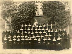 Zusters van het Stift in 1945