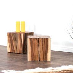 Ein Beistelltisch aus Schweizer Nussbaumholz. Wir produzieren natürliche Massivholzmöbel nach Kundenwunsch. Bookends, Table, Home Decor, Swiss Guard, Dinner Table, Oak Tree, Rustic, Decoration Home, Room Decor