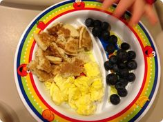Pancakes, Eggs, Blueberries - just add another f/veggie  Snyders Tell All: Feeding a Toddler: TONS of Meal Ideas and Recipes