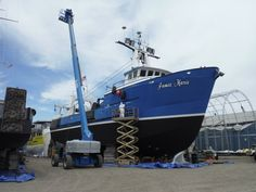 In early May of 2016 Jamie Marie was found in Ocean Shores Oregon run aground. The vessel did not lose any fuel or cargo during this unfortunate accident. The United states Coast guard assisted the fully functioning vessel to be transported to Platypus Marine for an emergency drydock period. While located in the Pacific Northwest Shipyard, Jamie Marie had Sharkskin Antifouling paint applied to the hull, had her stern bearing replaced, replaced and coated Keel Coolers for optimum use.