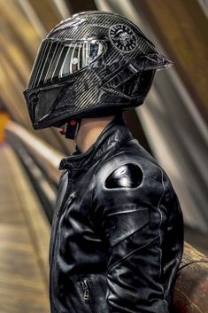 Carbon Fiber Motorcycle Helmet, Cool Motorcycle Helmets, Motorcycle Suit, Cool Motorcycles, Futuristic Outfits, Agv Helmets, Dope Outfits For Guys, Bike Photoshoot, Cafe Racer Style
