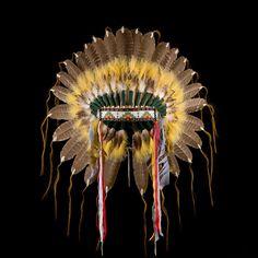 Plains style feather headdress/war bonnet 2128.12.01 (front view 1) ☩ «4Colors»™