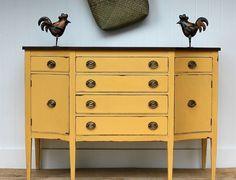 relooker un meuble ancien avec peinture à la chaux ocre - Turnstyle vogue