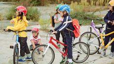 Bike apparel made for children. #bike#woom#apparel#kidswear#worntobewild #cycling#clothes#woombikes Radler, Cycling Clothes, Bicycle, Children, Guys, Clothing, Kids, Bicycle Kick, Bike