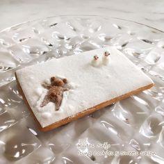 いいね!109件、コメント18件 ― 成城アイシングクッキー&スイーツサロン「Kiitos 」さん(@kiitos_megu)のInstagramアカウント: 「過去作品。雪にはしゃいでダイブ。 #アイシングクッキー #雪にダイブ #くま #icingcookies #sugercookies #decoratedcookies #kiitos…」
