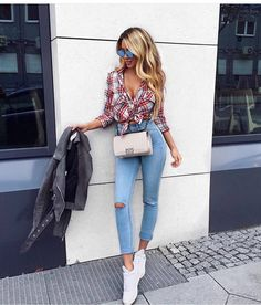 "4,456 Likes, 19 Comments - @world_fashion_styles on Instagram: ""@milano_streetstyle @janinewiggert  For Shopping Link In Bio  #fashionable #fashion#fashionblog…"""
