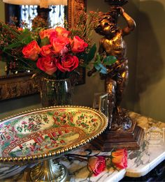 Romance is in the air! #antiques