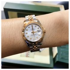 Rolex Submariner, Rolex Tattoo, Cool Watches For Women, Rose Gold Rolex, Rolex Watches For Men, Luxury Watches, Big Watches, Rolex Women, Elegant Watches