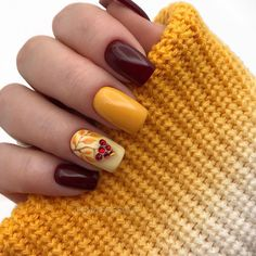 Autumn Nails, Winter Nail Art, Winter Nails, Winter Nail Designs, Short Nail Designs, Design Ongles Courts, Yellow Nails Design, Gel Nails, Nail Polish
