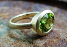 Ring - 14k Gold And Peridot Gemstone Ring