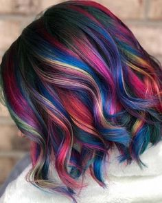 Nuances de couleur de cheveux Pulp Riot populaires pour Modern looking pulp riot hair color shades for ladies to show off in year Find here the exciting ideas of hair colors so that you may get absolutely amazing hair colors to make your h Hair Color Shades, Hair Dye Colors, Cool Hair Color, Amazing Hair Color, Rainbow Hair Colors, Peacock Hair Color, Beautiful Hair Color, Butter Blonde, Pulp Riot Hair Color