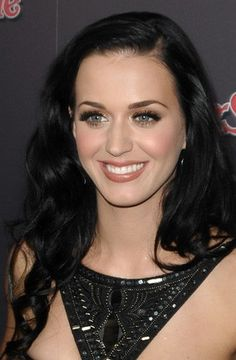 Katy Perry. Love her makeup here!