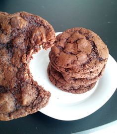 Kelly the Culinarian: Cooking with Kelly: Chocolate Buttermilk Cookie Recipe
