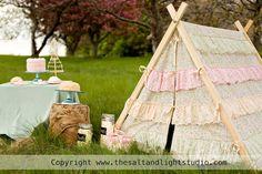 ruffle tent