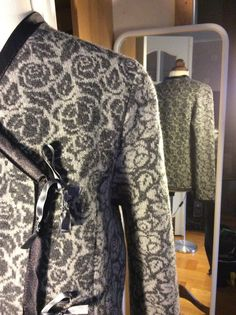 Mimmi & Toras Handelsbod is offline Merino Wool, Dresses With Sleeves, Jeans, Long Sleeve, Design, Fashion, Logs, Gowns With Sleeves, Moda