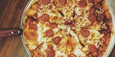 What Eating 1 Slice of Pizza Really Does to Your Body