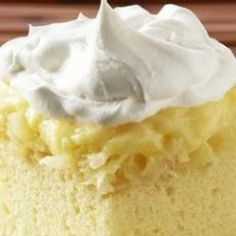 Pineapple Pudding Cake  (Best cake I ever made.) @keyingredient #cake #cheese