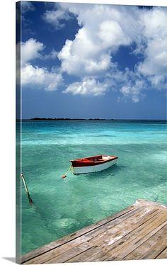 Boat in water, Eagle Beach, Aruba